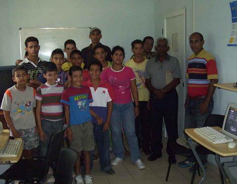 Realizado en Joven Club de Bartolomé Masó conversatorio en conmemoración a la semana de la Victoria en Playa Girón.