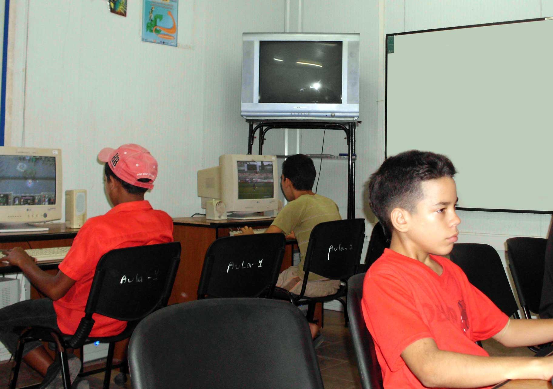 Actividades veraniegas en  el Joven Club  Bartolomé Masó I.