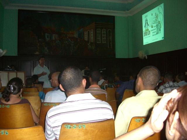 Evento FLISOL en Bayamo.
