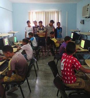 Continúan las actividades con niños y jóvenes en Niquero