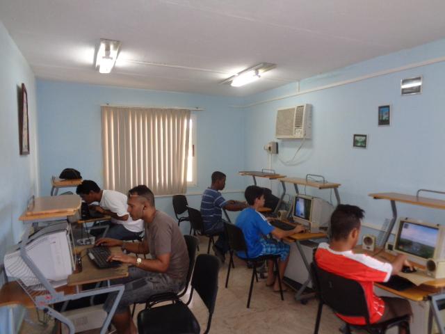 Torneo de Dota en el Joven Club Jiguaní III