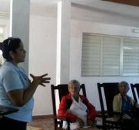 Visitan los joven club en Jiguaní Hogar de ancianos
