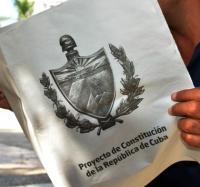 Joven Club, facilita la descarga del Proyecto de Constitución.
