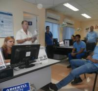 Participaron los trabajadores de Joven Club en Niquero en el debate sobre el Proyecto de Constitución en conjunto con el sector de las comunicaciones.