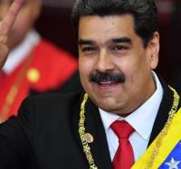 Joven Club junto a la Revolución Bolivariana