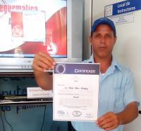 Entrega de Certificados a trabajadores de Joven Club sobre la XIV Edición del Evento Provincial de Informática para Jóvenes, Infoclub 2019, Granma.