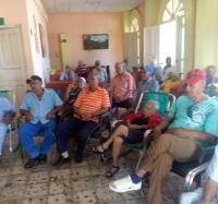 Visita al Hogar de Ancianos de Campechuela