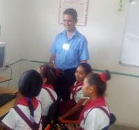 Encuentro con estudiantes y profesores de la Escuela especial para niños con discapacidad Mártires de Pino III.