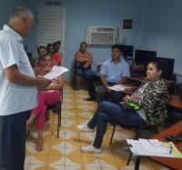 Secretario General de la Sección Sindical  dio lectura a la Convocatoria por el 1ro de Mayo