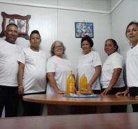 Festejan  aniversario 18  trabajadores del Joven Club Manzanillo II