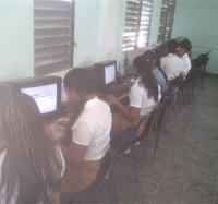 Joven Club de Cauto Cristo festeja el día de las Niñas en las TIC