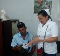Reciben los Joven Club de Bartolomé Masó reconocimiento de la Dirección municipal de salud.lud Pública.