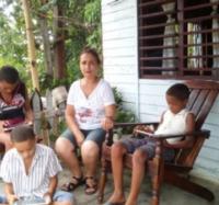 Promoción y prestación de servicios de Joven Club en comunidad montañosa de Villa Blanca