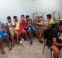 Niños y Jóvenes visitan al Joven Club Yara III.