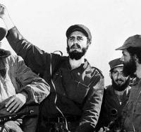 Feliz Aniversario de la Revolución.