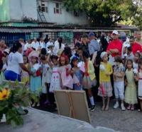 Rinden homenaje en Bartolomé Masó  a José Martí en el aniversario 167 de su natalicio.