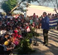 """Acto político cultural y desfile Martiano en la Comunidad """"Vado del Yeso en conmemoración al 167 Aniversario del Natalicio de José Martí."""
