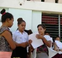 Alumnos de la escuela primaria Granma se preparan para prevenir el COVID-19