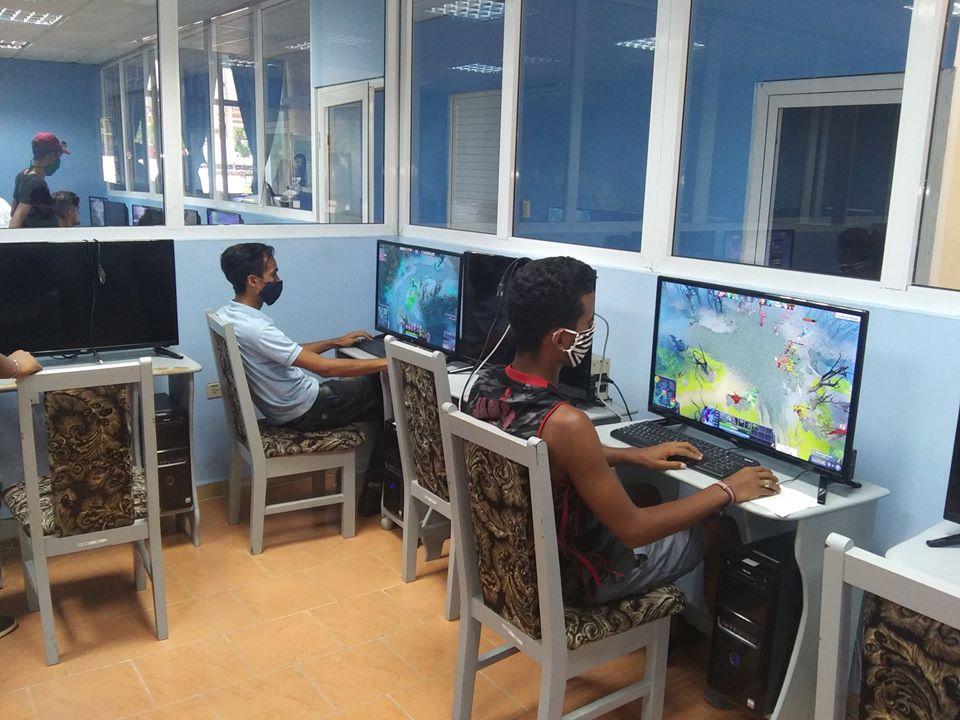 Torneo de juegos en línea.