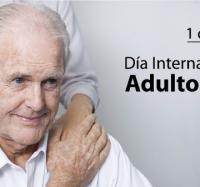 Encuentro con abuelos del Hogar de Ancianos en el Día Internacional del Adulto Mayor.