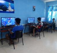 Actividades en el Joven Club Manzanillo I