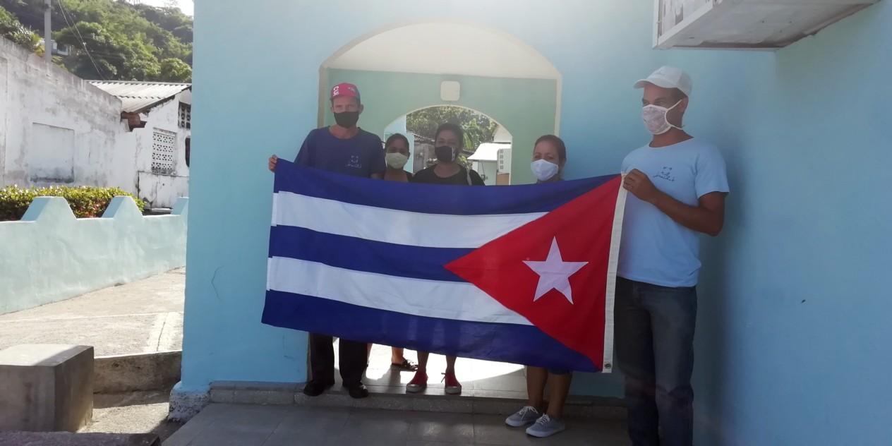 Trabajadores de Joven Club Buey Arriba reafirman su compromiso con la Revolución Cubana