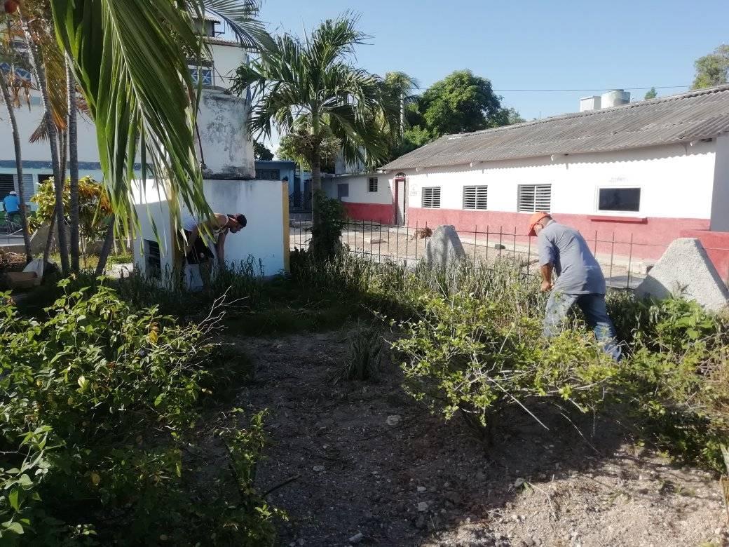 1ra Jornada de trabajo voluntario en los Joven Club de Jiguaní.